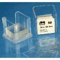 Lamelles couvre-objets. boîtes en matière plastique. contenant 100 lamelles 18*18mm
